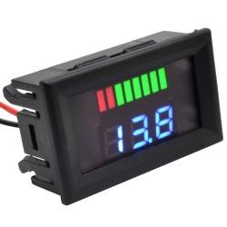 Voltmetru digital cu leduri albastre si indicator, 12 V, 3 digit, 2 fire, carcasa